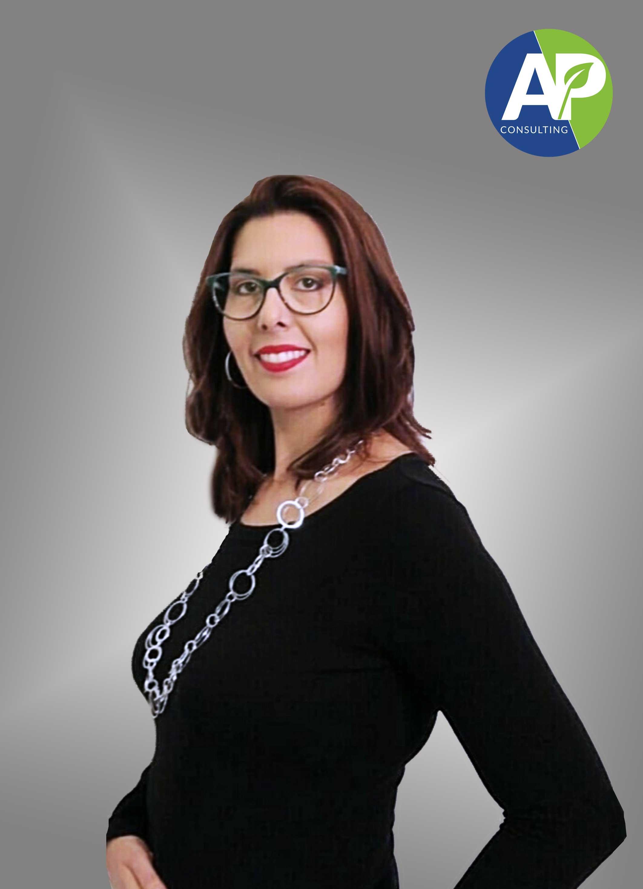Elisa Calzolari Responsabile organizzazione corsi in aula AP Consulting srl